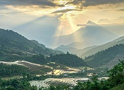 Vietnam Highlight Tour Plus Sapa 15 Days 14 Nights