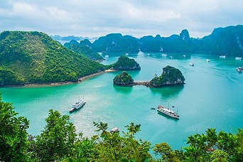 Hanoi Halong Bay Stay Overnight on Boat 4 Days 3 Nights